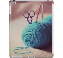 turquoise yarn iPad Case/Skin