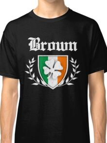 Brown Family Shamrock Crest (vintage distressed) Classic T-Shirt