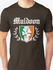 Muldoon Family Shamrock Crest (vintage distressed) T-Shirt