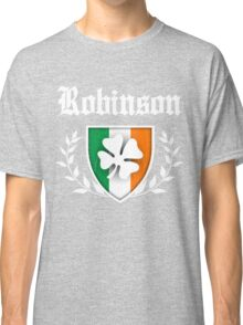 Robinson Family Shamrock Crest (vintage distressed) Classic T-Shirt