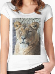 Lioness Women's Fitted Scoop T-Shirt