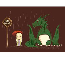 khaleesi going to King's Landing with dragon poster Photographic Print