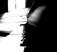 Piano by bilitzm