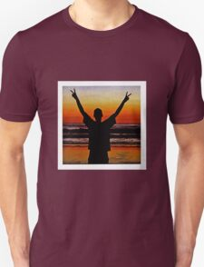 fatbot slim beach T-Shirt