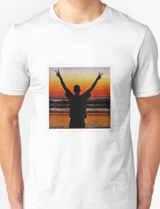 fatbot slim beach T-Shirt