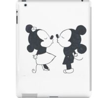 Minnie Mouse and Mickey Mouse  iPad Case/Skin