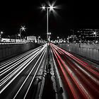 Night trails / Lignes de nuit by maophoto