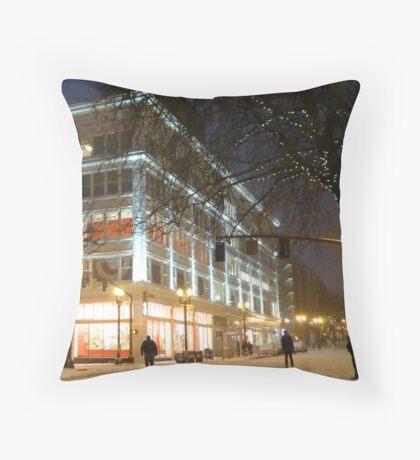 winter streetscape Throw Pillow