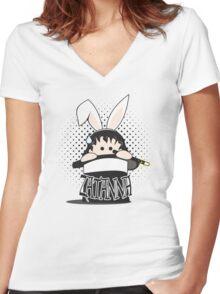 taH eht ni tibbaR ehT Women's Fitted V-Neck T-Shirt