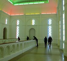 stedelijk  museum with people by annet goetheer
