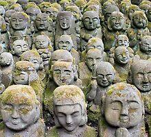 Otagi Nenbutsu-ji Sculptures by photoeverywhere