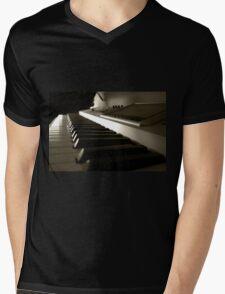 Fantom ize  Mens V-Neck T-Shirt