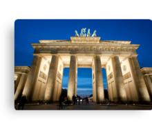 The Brandenburg Gate at night Canvas Print