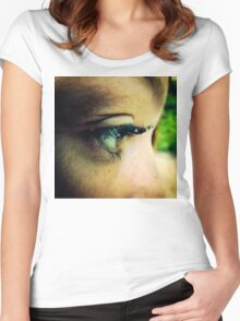 Water Droplets on Eyelashes Women's Fitted Scoop T-Shirt
