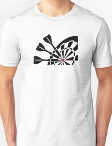 Darts dart board T-Shirt