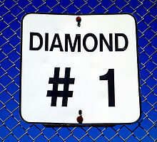Diamond 1 by Valentino Visentini