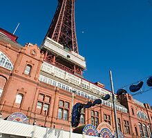 Blackpool amusement arcade and tower by photoeverywhere