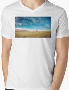 Breaking Bad- RV scenery  Mens V-Neck T-Shirt