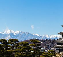 Matsumoto - Panorama castle and alps by Quentin Jarc