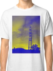 Psychedelic pylon Classic T-Shirt