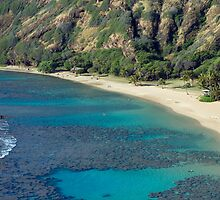Hanuma Bay Beach by photoeverywhere