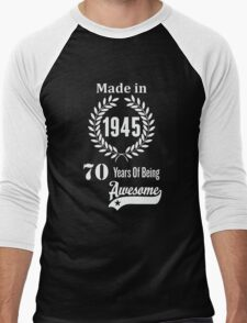 Made In 1945 70 Years Of Being Awesome T-Shirt