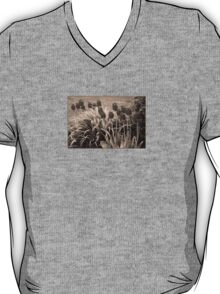 old timey tulips T-Shirt
