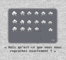 Poor little space invaders (french) Kids Tee