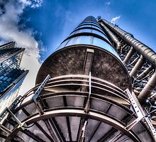 Lloyd's Of London Buildng by DavidHornchurch