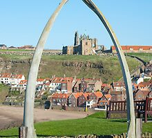 Whale bone monument , Whitby by photoeverywhere
