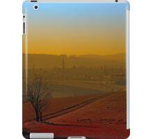 Haze, sunset and city skyline | landscape photography iPad Case/Skin