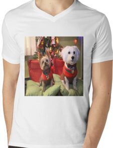 Dreo at Christmas 2015 Mens V-Neck T-Shirt