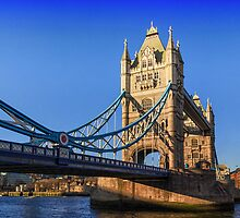 London Tower Bridge by Ian Hufton
