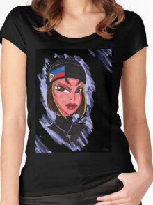 Mia Women's Fitted Scoop T-Shirt