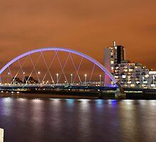 Clyde Arc a.k.a. Squinty Bridge by Stevie B