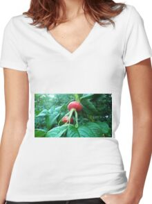 Large Plant Women's Fitted V-Neck T-Shirt