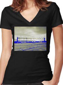 Uyuni Express Women's Fitted V-Neck T-Shirt