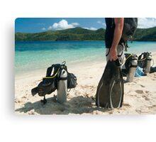 Man going scuba diving Canvas Print