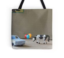 English is a difficult language!  Here are some examples of dipthongs:  car, balloon, cow, Delbert's. Tote Bag