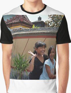 Denpasar Friends Graphic T-Shirt