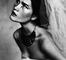 Bride portrait by alinasoloviova