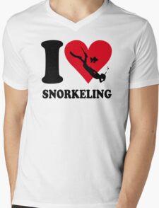 I love snorkeling Mens V-Neck T-Shirt