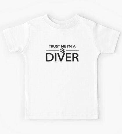 Trust me I'm a diver Kids Tee
