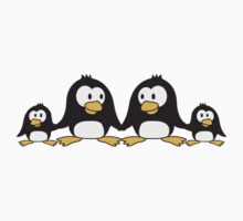 Sweet Penguin family children parents mom dad T-Shirt