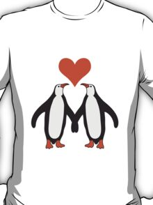 Love couple heart love penguins T-Shirt