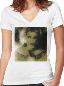 Ne me quitte pas Women's Fitted V-Neck T-Shirt