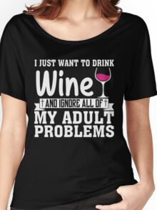 WINE Women's Relaxed Fit T-Shirt