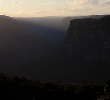 Grose Valley - Mount Hay Sunrays View01 by Timothy Kenyon