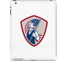 American Patriot Holding USA Flag Shield iPad Case/Skin
