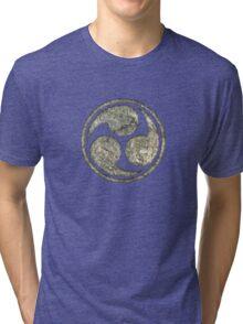 Shinto Trinity Japan, Symbol Mitsu Tomoe, Triskelion Tri-blend T-Shirt
